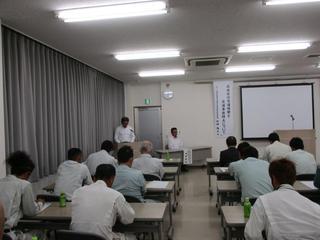 1,県防災出雲分会 加納安全委員長 挨拶.jpg